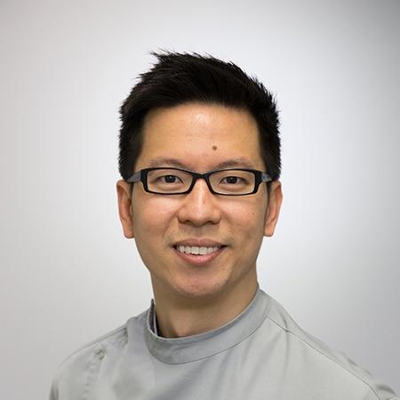Dr Robert Ong